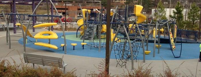 Historic Fourth Ward Park Playground is one of สถานที่ที่บันทึกไว้ของ Noemi.