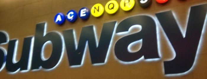 MTA Subway - 42nd St/Times Square/Port Authority Bus Terminal (A/C/E/N/Q/R/W/S/1/2/3/7) is one of Lugares donde estuve en el exterior.