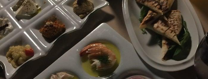 rosario italyan restaurant is one of Tempat yang Disukai Mertesacker.