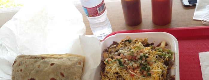 Trujillo's Taco Shop is one of Tayyarさんのお気に入りスポット.