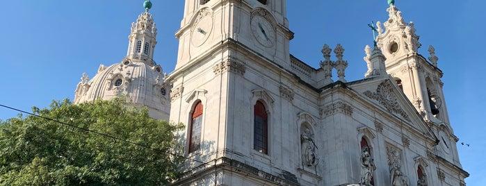 Basílica da Estrela is one of Tempat yang Disukai Ishka.