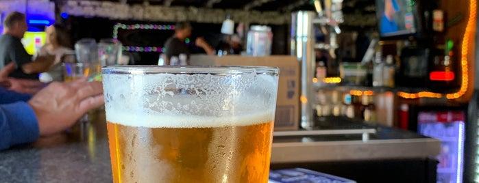 Sportsman Bar is one of riverside-bars.