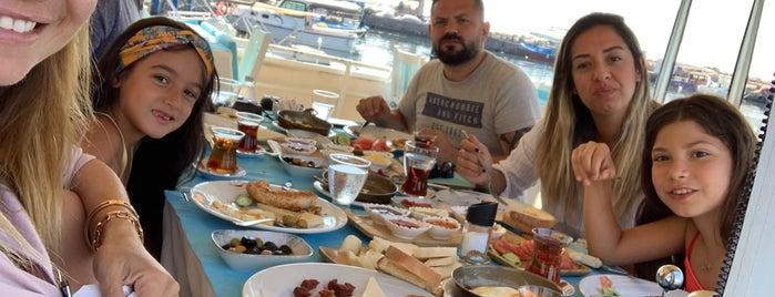 Assos Behram Hotel is one of Asya İmge'nin Beğendiği Mekanlar.