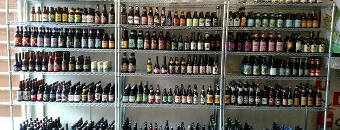 Cerveja Artesanal São Paulo is one of Locais curtidos por Karina.