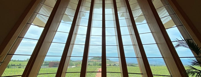 Bodegas Ysios is one of Road trip North of Spain.