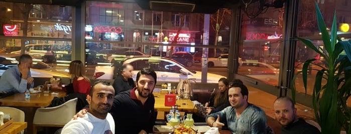 Gogga Cafe-Restaurant is one of Mehmet Vedat 님이 좋아한 장소.