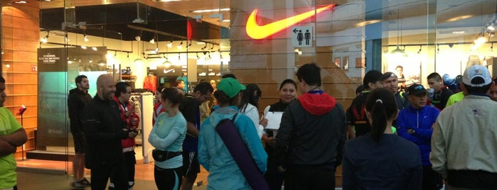 Nike Store is one of Lugares favoritos de Marco.