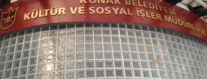 Selahattin Akçiçek Kültür Merkezi is one of สถานที่ที่ Mehmet Ali ถูกใจ.