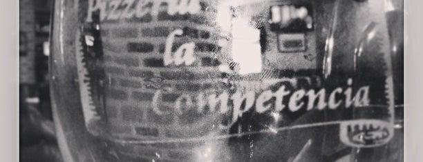 La Competencia is one of สถานที่ที่ Adri ถูกใจ.