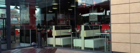 Burger King is one of Michela'nın Beğendiği Mekanlar.