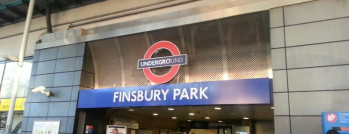 Finsbury Park London Underground Station is one of cliveさんのお気に入りスポット.