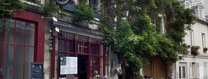 Au Vieux Paris d'Arcole is one of Paris.