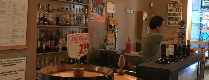 Bodega Berlanga is one of Orte, die We Love Veggie Burgers gefallen.
