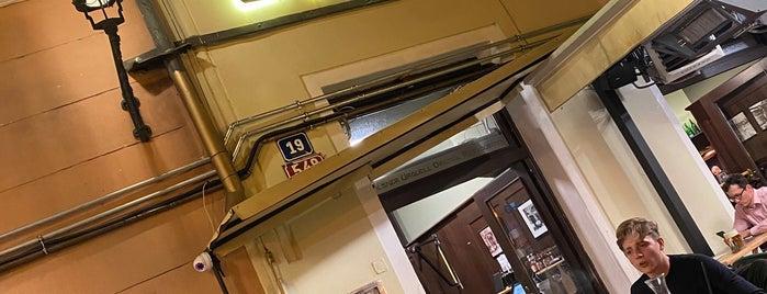 Pilsner Urquell Original Restaurant Staroměstská is one of Posti che sono piaciuti a Cristi.