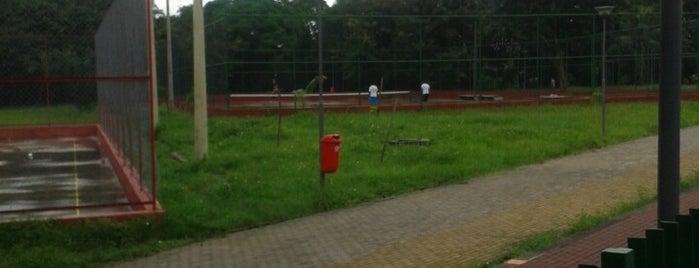 Parque Santana (Quadra de tênis) is one of Meus lugares.