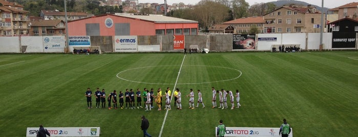 Yusuf Ziya Öniş Stadyumu is one of สถานที่ที่ Hakan ถูกใจ.