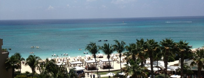 The Ritz-Carlton, Grand Cayman is one of Condé Nast Traveler Platinum Circle 2013.