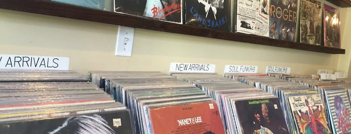 Mono Records is one of Record Shops.