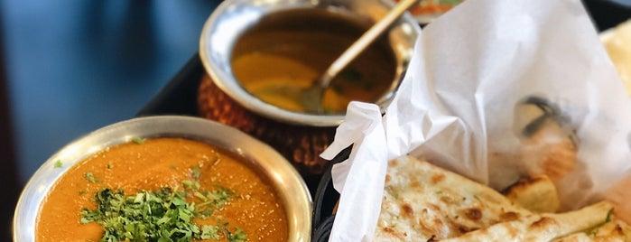 Rakoon Indian Food is one of สถานที่ที่ Leen ถูกใจ.