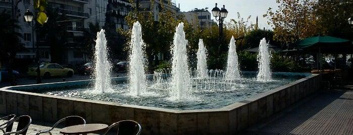 Mavili Square is one of Locais curtidos por Spiridoula.