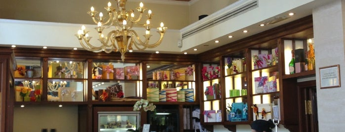 Café Pasticceria Gamberini is one of Italy !.