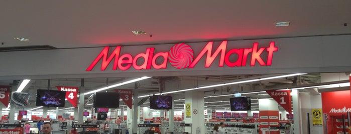 Media Markt is one of Orte, die Saba gefallen.