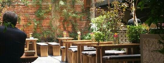 Aurora Roma is one of Restaurantes en el DF.