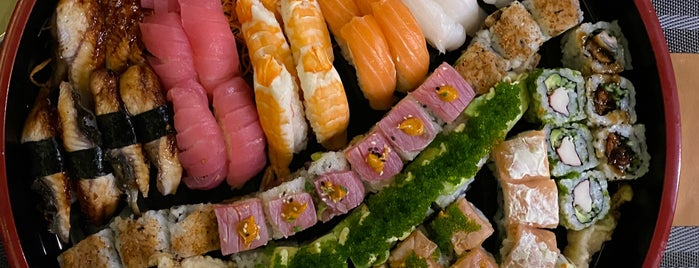 Itsu Sushi Restaurant is one of Места Дубаи/places Dubai.