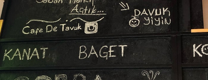 Cafe de tavuk is one of สถานที่ที่ Rodolfo ถูกใจ.