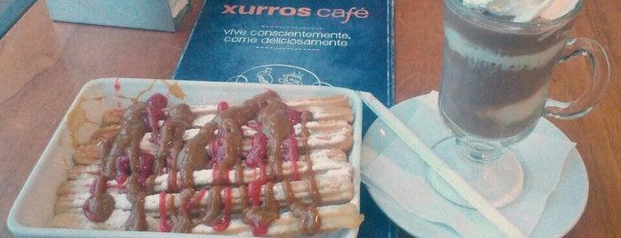 Xurros Café is one of Locais curtidos por Evander.