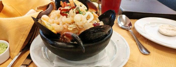 Restaurant La Olla is one of สถานที่ที่ Evander ถูกใจ.