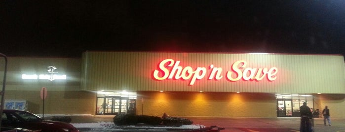 Shop 'n Save is one of Locais curtidos por Chad.