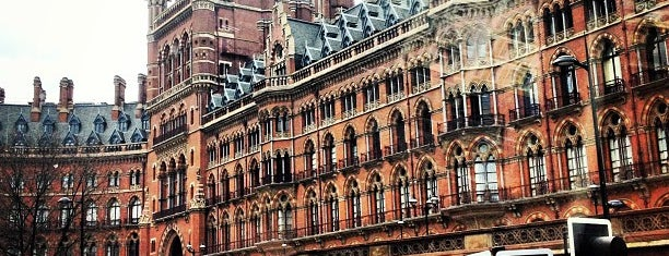 Stazione di London St Pancras (STP) is one of Traveling about with work.