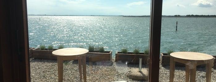 Al Pescaturismo is one of Girellando qua e la'.
