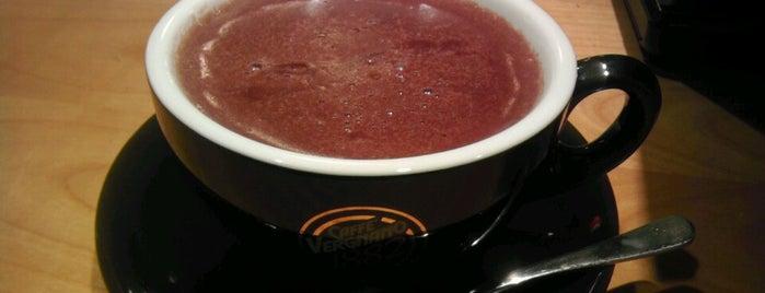 Cafe Academia is one of สถานที่ที่ Petra ถูกใจ.