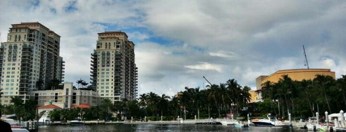 Jazz Brunch @ Las Olas Riverfront is one of Fort Lauderdale onde comer.