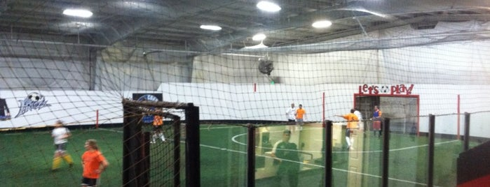 Murray Indoor Soccer is one of Locais curtidos por Peter.