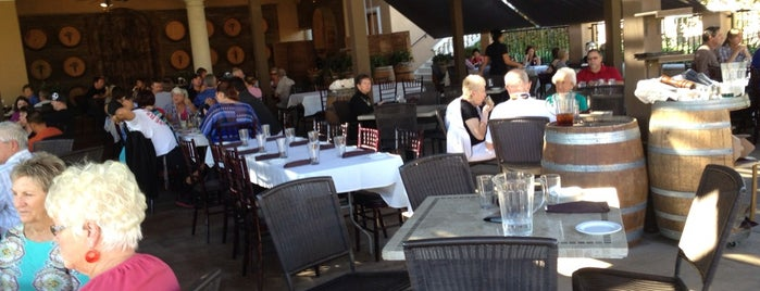 Creekside Grille Restaurant is one of Temecula Grub and Chug.