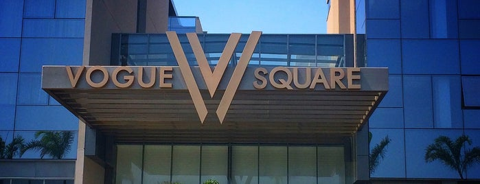 Vogue Square is one of Rio Cocktail Bars.