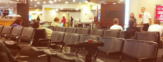 Newark Liberty International Airport (EWR) is one of Quza-Fly Prishtina.
