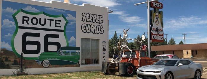 Tee Pee Curios is one of Route 66.