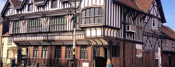 Tudor House and Garden is one of Southampton.