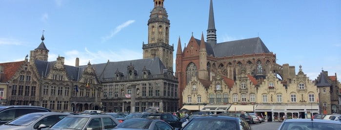 Grote Markt is one of Yvesさんのお気に入りスポット.