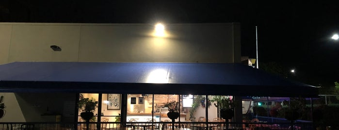 Olive Tree Cafe is one of Kimさんの保存済みスポット.