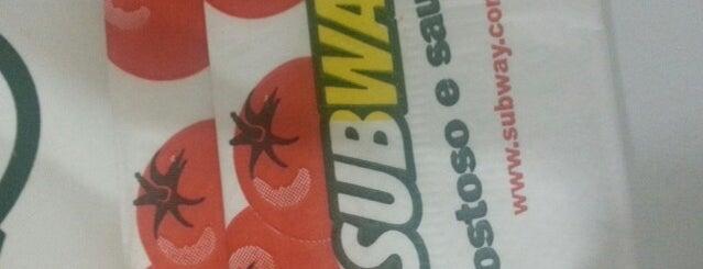 Subway is one of Locais curtidos por Arthur.