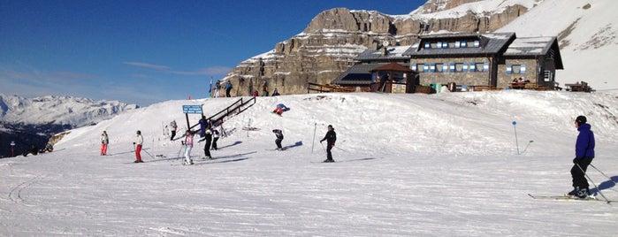 Madonna Di Campiglio is one of Dove sciare.