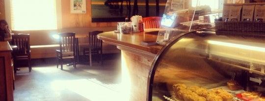Lillie's Coffee Bar is one of Posti che sono piaciuti a bill.