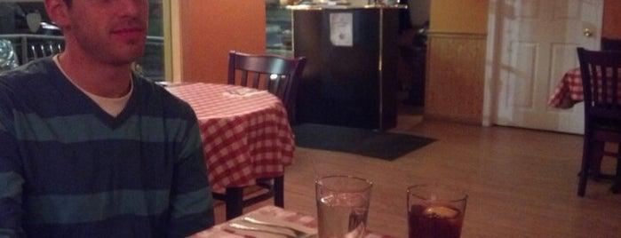 Dannys Fettucini Bar. is one of Gさんの保存済みスポット.