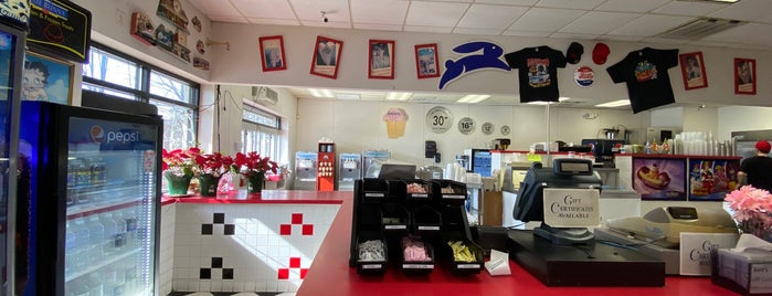 Berts 50's Diner is one of Maryland Bucket.