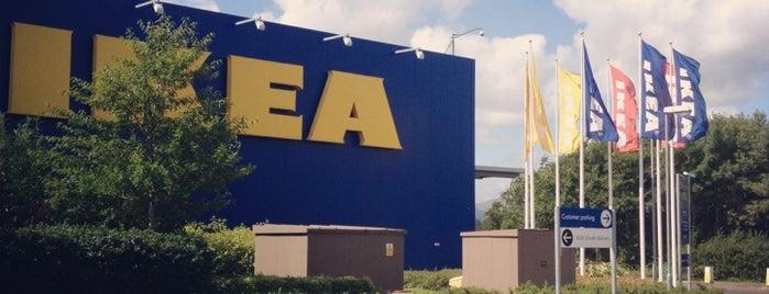 IKEA is one of Lugares favoritos de Ciara.